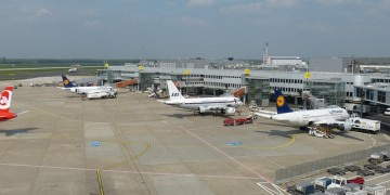Strike causes flights delays at Düsseldorf en Hamburg airports