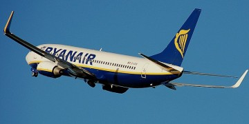 Ryanair's crew and passengers stranded at Malaga airport due to hurricane Leslie