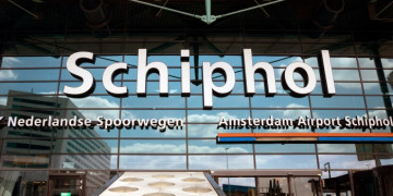 Delay at Schiphol Airport due to false hijacking alarm at Air Europa