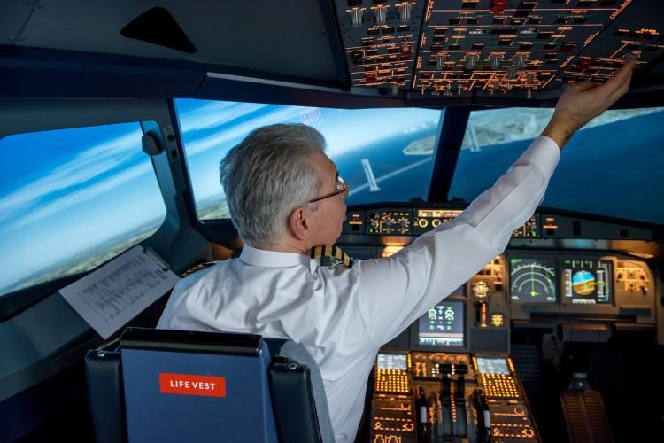 Persona se hace pasar por piloto de Lufthansa