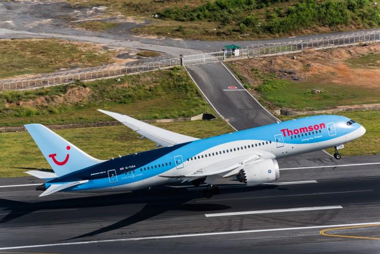 TUI Airways duramente golpeada por Brexit y la puesta a tierra del 737 Max